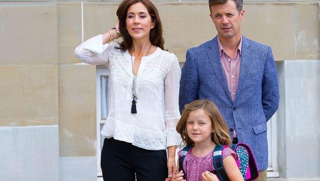 Dänemarks Prinz Frederik mit Ehefrau Mary und Tochter Isabella (Bild: Viennareport)