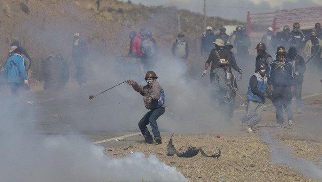 Vizeminister Boliviens bei Protesten erschlagen (Bild: AP)