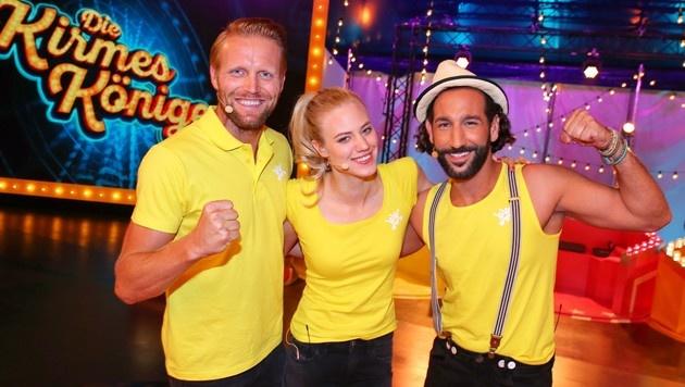 Larissa Marolt mit ihren Teamkollegen Julius Brink und Massimo Sinato (Bild: RTL/Stefan Gregorowius)