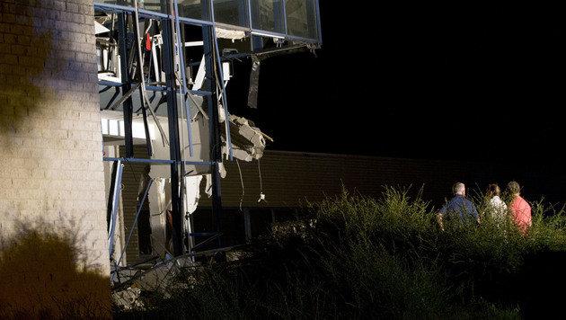 Ein Toter und Verletzte bei Explosion in Belgien (Bild: AP)
