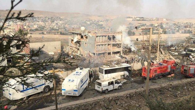 PKK-Anschlag in Südosttürkei: Elf Polizisten tot (Bild: AFP)
