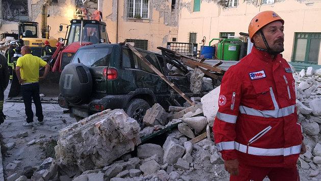 Nach schwerem Beben: Ganz Italien zeigt Herz (Bild: Andi Schiel)