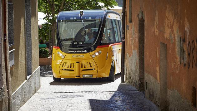Schweiz testet erstmals fahrerlose Linienbusse (Bild: PostAuto)