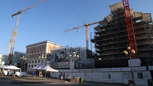 """L""""Aquila ist nach dem verheerenden Beben im Jahr 2009 immer noch eine Baustelle. (Bild: Andi Schiel)"""