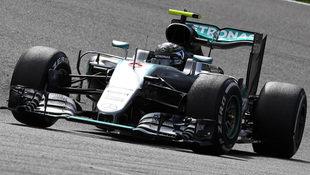 Rosberg gewinnt ++ Hamilton st�rmt auf Platz 3! (Bild: Associated Press)