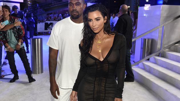Kim Kardashian präsentierte ihre Kurven. (Bild: Chris Pizzello/Invision/AP)