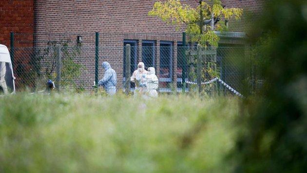 Brandanschlag in Brüssel: 5 Verdächtige in Haft (Bild: AP/Geert Vanden Wijngaert)