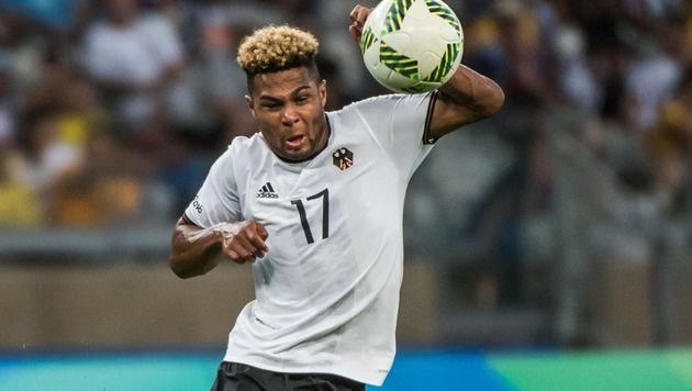 Bayern will Arsenal-Jungstar holen und verleihen (Bild: AFP)