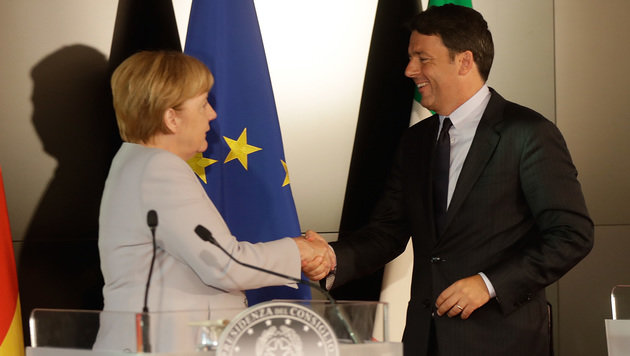 Partner in der Flüchtlingskrise: Merkel und Renzi (Bild: ASSOCIATED PRESS)