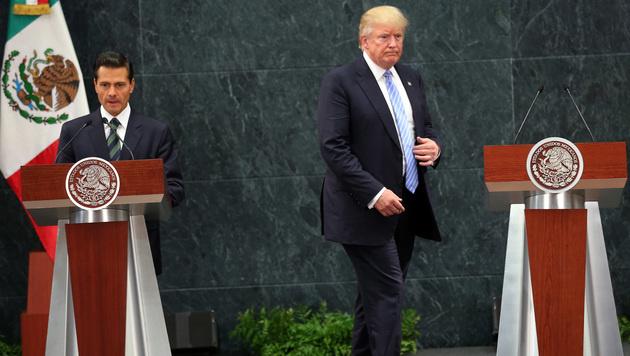 Donald Trump zu Besuch beim mexikanischen Präsidenten Enrique Pena Nieto (Bild: ASSOCIATED PRESS)