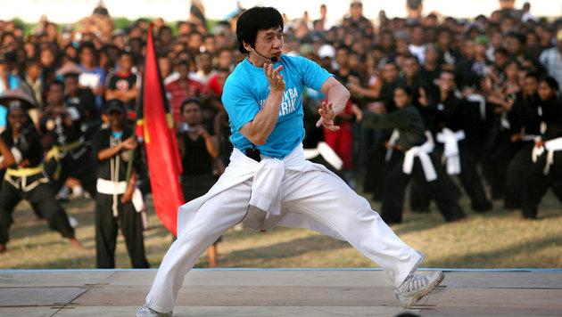 Jackie Chan erhält Oscar für sein Lebenswerk (Bild: APA/AFP/JOSH ESTEY/picturedesk.com)