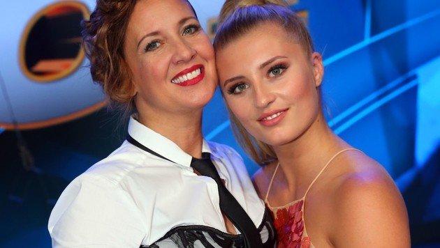 Mutter und Tochter Schweiger (Bild: RTL/Stefan Gregorowius)