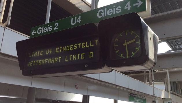 Weichentausch auf U4: Streckenabschnitt lahmgelegt (Bild: krone.tv)