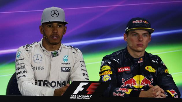 """Hamilton verteidigt Verstappen: """"Er ist erst 18!"""" (Bild: GEPA)"""