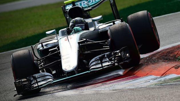 Rosberg vor Hamilton! Mercedes-Doppelsieg in Monza (Bild: APA/AFP/GIUSEPPE CACACE)