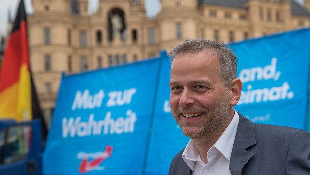 Landesparteichef Leif-Erik Holm kam mit der AfD in Mecklenburg-Vorpommern vor der CDU auf Platz 2. (Bild: APA/AFP/dpa/JENS BUTTNER)