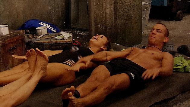 Jessica und Frank machen Sport. (Bild: SAT.1)