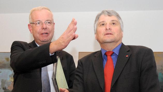 CSU-Fraktionsvorsitzender Thomas Kreuzer (links) (Bild: dpa/Tobias Hase)