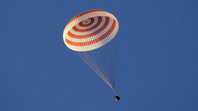 Rekord-Astronaut von ISS zur Erde zurückgekehrt (Bild: AP)