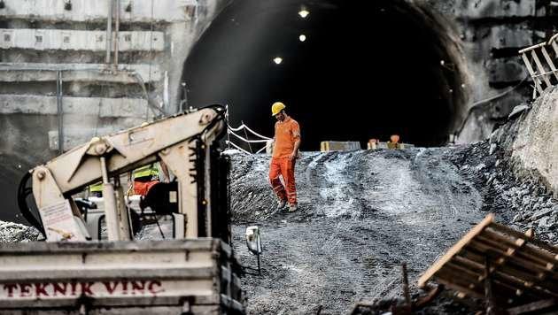 Dauerhafter Schaden für Wirtschaft befürchtet (Bild: AFP)