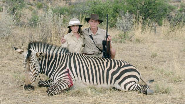 "Film ""Safari"" regt Diskussion um Großwildjagd an (Bild: Ulrich Seidl Filmproduktion)"