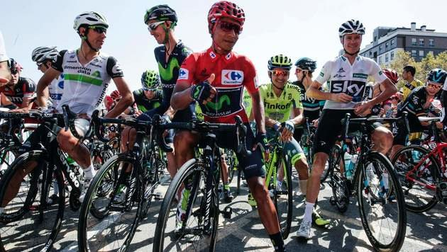 Nairo Quintana (mittig im roten Trikot) (Bild: AFP)