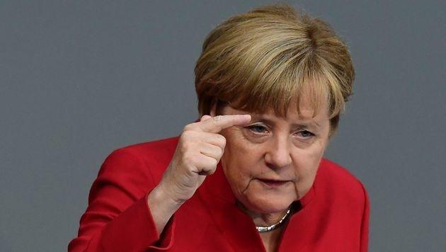 Kanzlerin Merkel bei der Generaldebatte im Bundestag (Bild: APA/AFP/TOBIAS SCHWARZ)