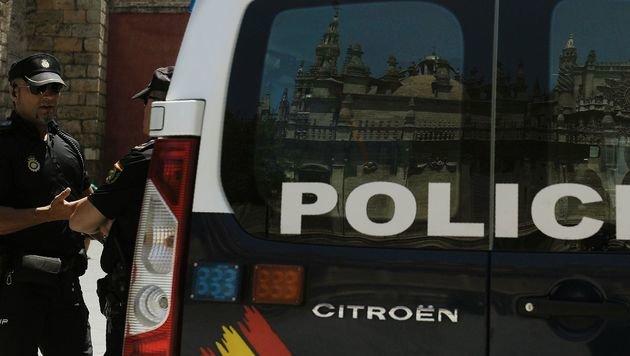 Mallorca: Mann schießt in Café mit Flinte um sich (Bild: AFP (Symbolbild))