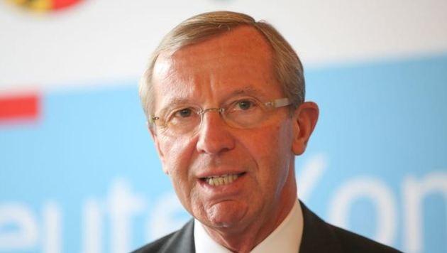Landeschef Wilfried Haslauer ist besorgt. (Bild: Franz Neumayr)
