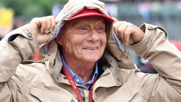 Zwischen Ibiza und Lech: Wie Niki Lauda entspannt (Bild: APA/AFP/ANDREJ ISAKOVIC)