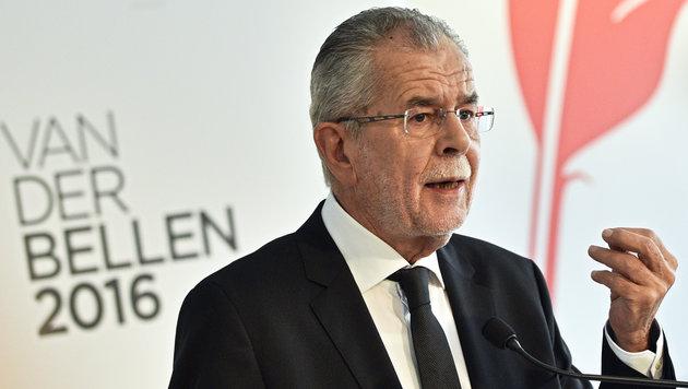 Van der Bellen: 'Werden 'Klebstoffkrise' lösen' (Bild: APA/HANS PUNZ)