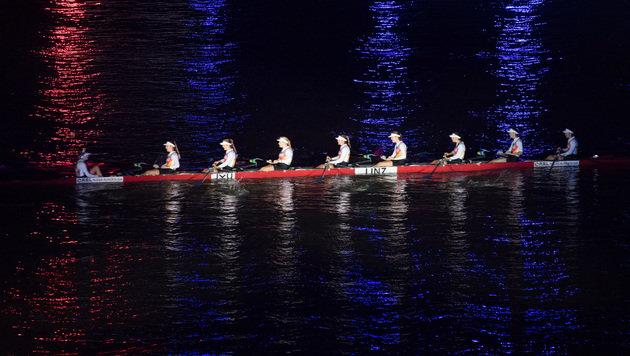 Reminiszenz an das Oxford-Cambridge-Boat-Race (Bild: APA/WERNER KERSCHBAUMMAYR)