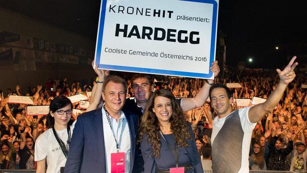 """""""Kronehit""""-Duell: Hardegg ist die coolste Gemeinde (Bild: Kronehit)"""