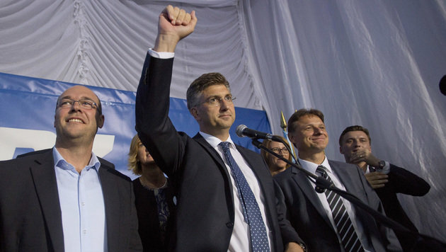 HDZ-Chef Andrej Plenkovic darf jubeln. (Bild: Associated Press)