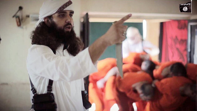 Opferfest: IS-Schlächter töten Gefangene wie Vieh (Bild: twitter.com)