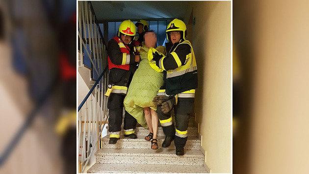 Frau in letzter Sekunde vor Flammentod gerettet (Bild: HFW Villach)