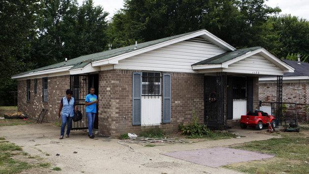 In diesem Haus kamen neun Menschen ums Leben. (Bild: Associated Press)