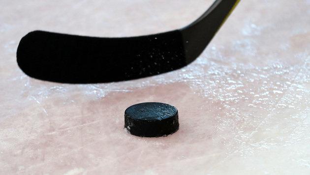 Drama! Eishockey-Schiri stirbt nach Puck-Treffer (Bild: GEPA)