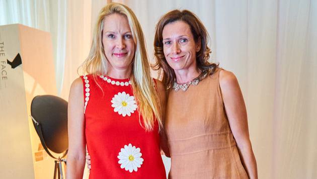 Eva Dichand  mit Caroline Mautner Markhof (Bild: Starpix/ Alexander TUMA)