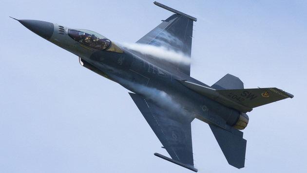 F16-Pilot hat Blackout: Software rettet sein Leben (Bild: flickr.com/wilsonhui)