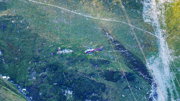 Pilot bei Flugzeugabsturz am Arlberg get�tet (Bild: ZEITUNGSFOTO.AT/Daniel Liebl)