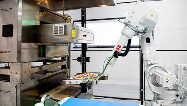 Silicon Valley: Hier backen Roboter Ihre Pizza (Bild: facebook.com/zumepizza)
