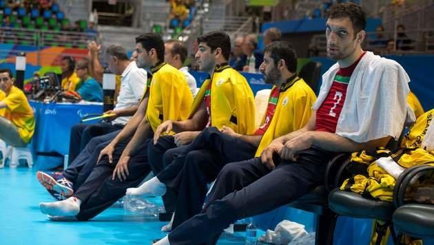 2,46 Meter gro�! Iraner sorgt in Rio f�r Staunen (Bild: AFP)