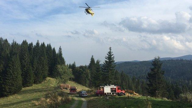 Feuerwehr, Rettung und Polizei rückten zum Unglücksort im Bezirk Deutschlandsberg aus. (Bild: LM d.V. Hannes Mörth)