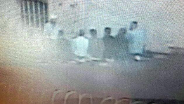 Auch in Österreichs Haftanstalten sollen IS-Prediger tätig sein - etwa dieser Imam in Graz-Jakomini. (Bild: Kronen Zeitung)