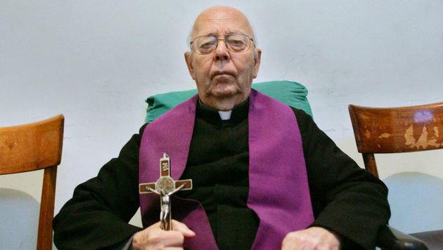 Roms Chef-Exorzist Pater Gabriele Amorth ist tot (Bild: AFP/picturedesk.com/Giulio Napolitano)