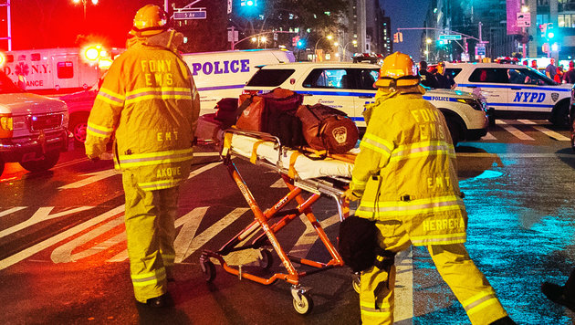 USA unter Schock: Terror mitten in New York (Bild: ASSOCIATED PRESS)