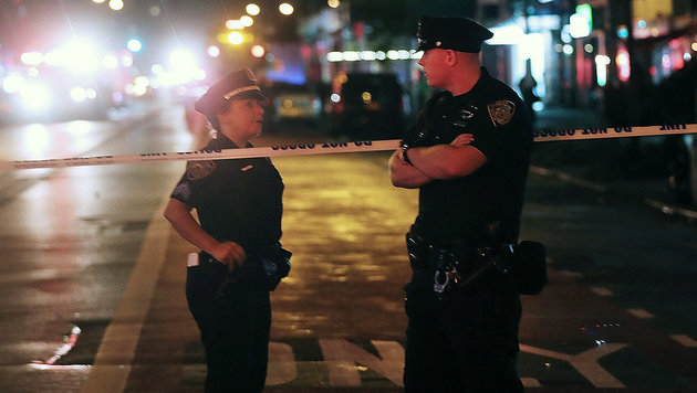 USA unter Schock: Terror mitten in New York (Bild: APA/AFP/GETTY IMAGES/SPENCER PLATT)