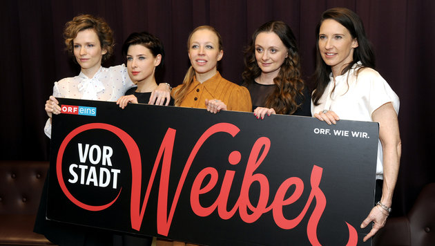 """Drehstart für die 3. Staffel der """"Vorstadtweiber"""" (Bild: APA/HERBERT PFARRHOFER)"""