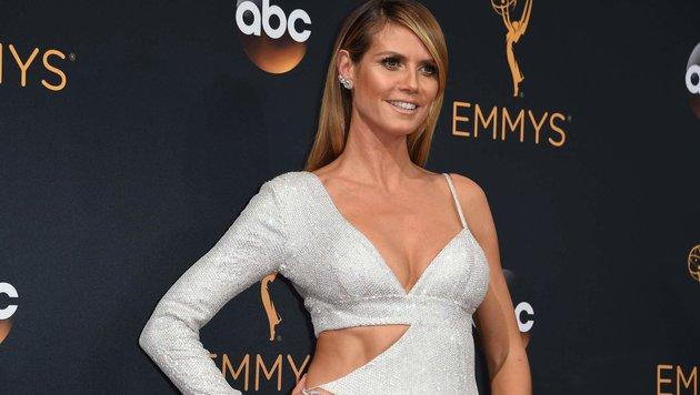 Heidi Klum bei der Emmy-Preisverleihung (Bild: AFP)